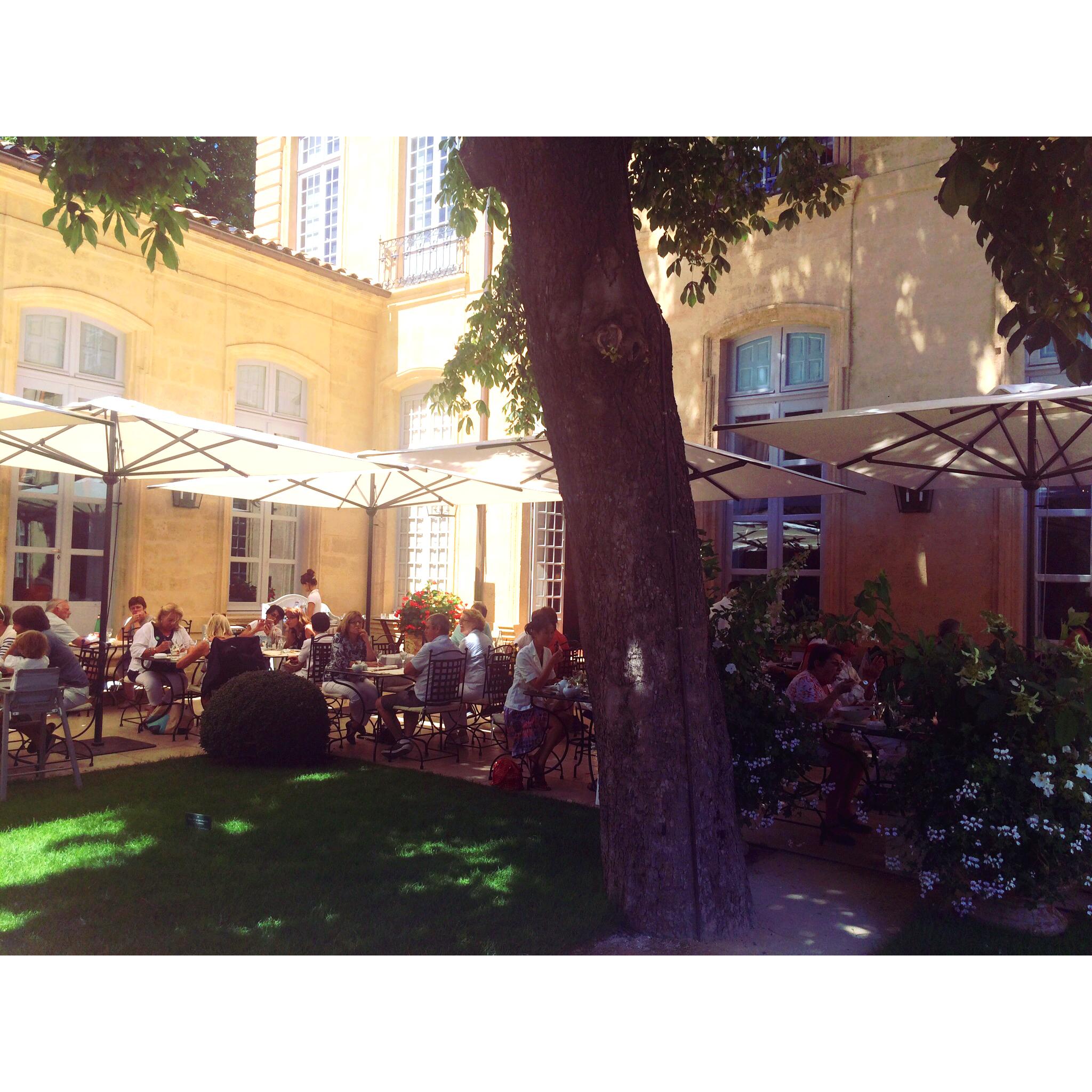 L'hôtel Caumont par la mode aixoise